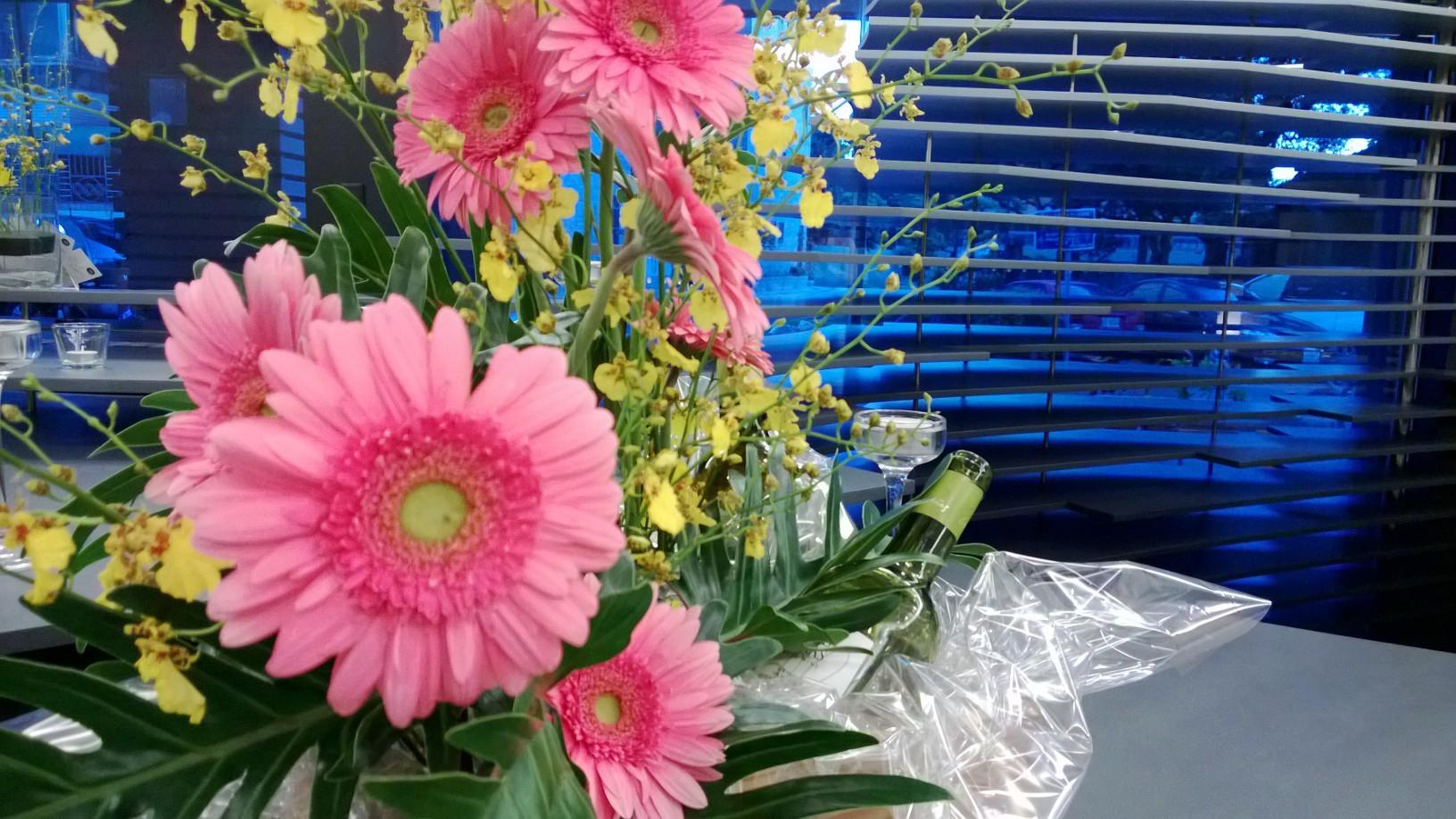 Bistro in flower